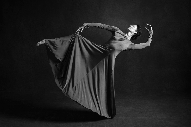 Marie-Agnès Gillot, Danseuse étoile   James Bort