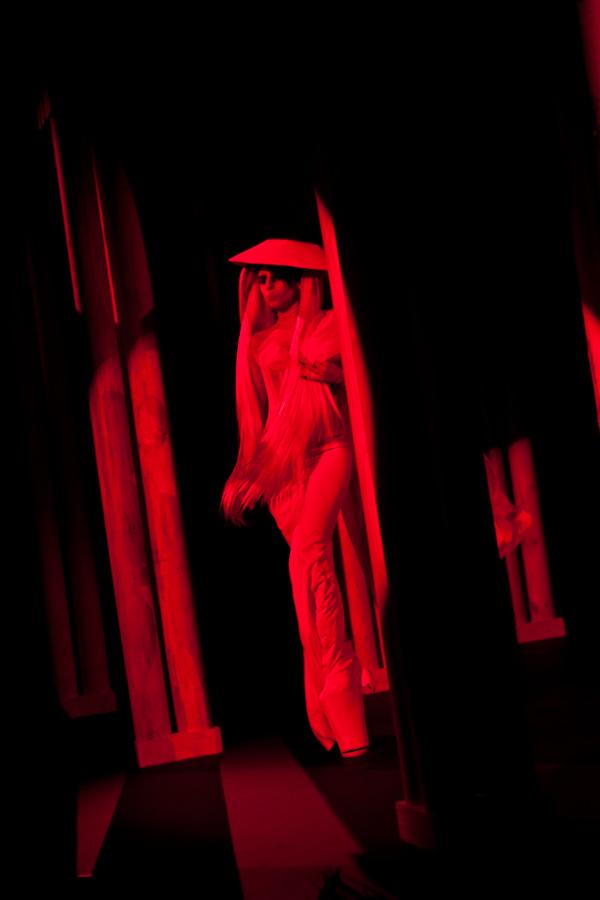 Lady Gaga chez Thierry Mugler